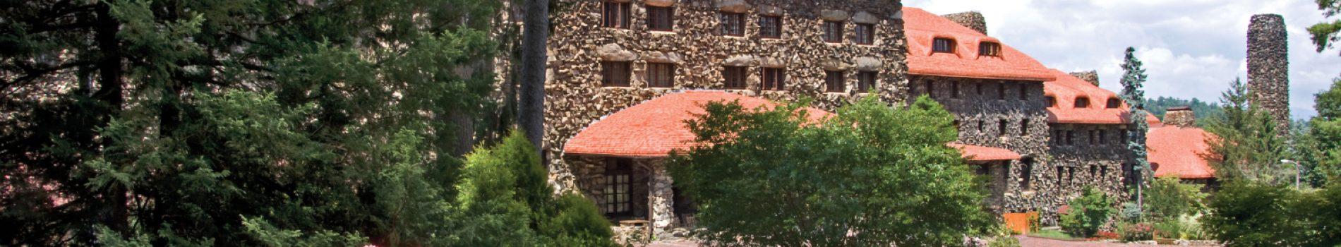 GPI Main Lodge CREDIT Omni Grove Park Inn